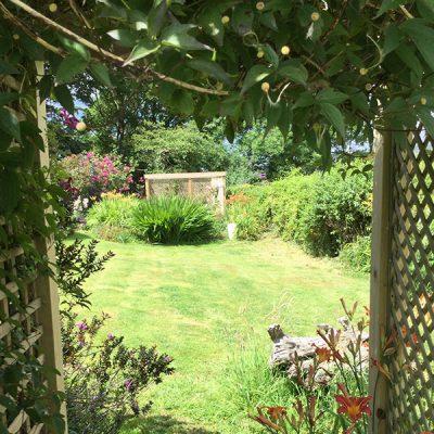 elworth-garden-2